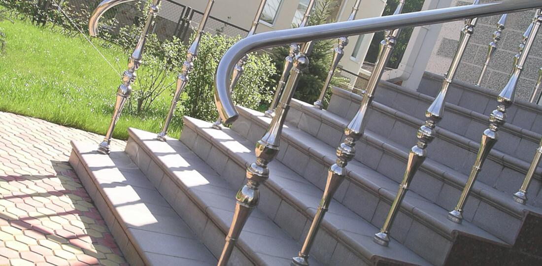 Лестницы с балясинами