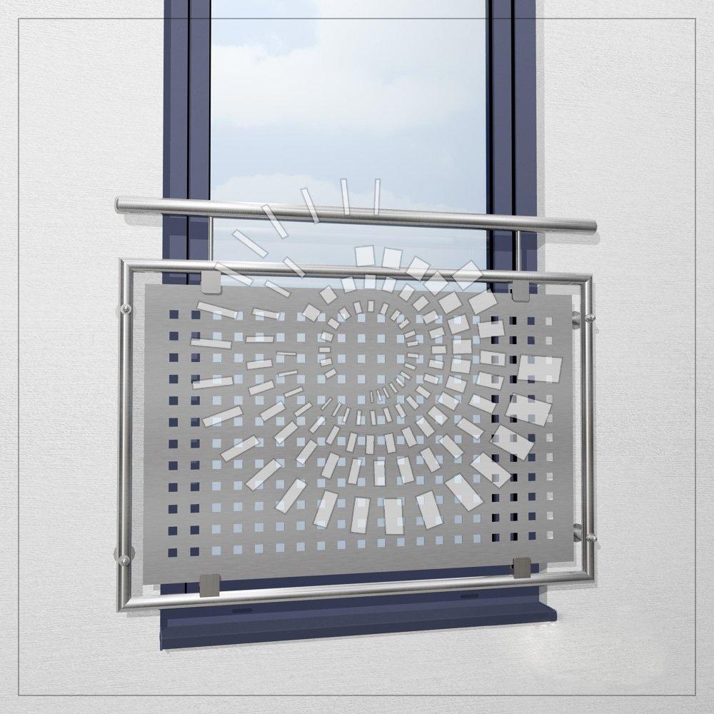 Пример французского балкона из нержавеющей стали с перфорированным листом
