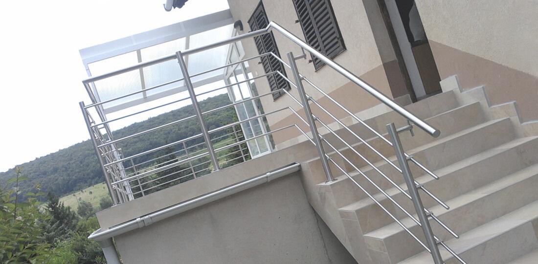 Перила и ограждения лестницы